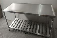 Mesa de inox para cozinha industrial