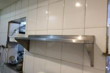 Prateleiras aço inox cozinha industrial
